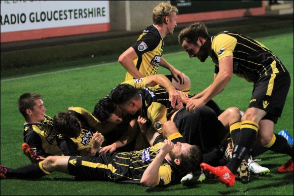 Who needs choreographed goal celebrations when you can just pile on?!!